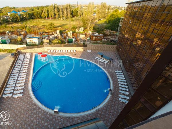 Бетонный бассейн 20 х 32 метра