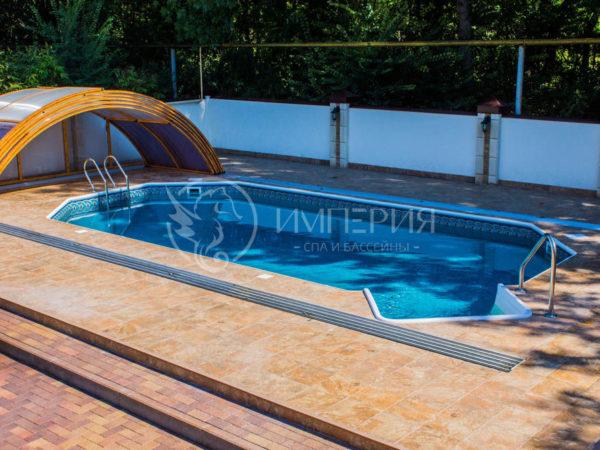 Бетонный бассейн в Греческом стиле