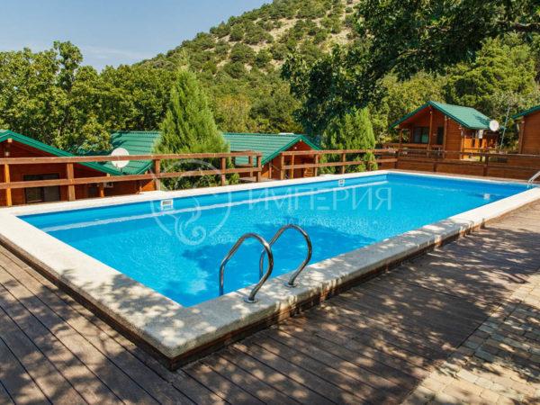 Бетонный бассейн 6 х 12 метров