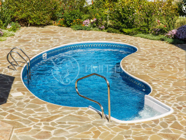 Бетонный бассейн в Тосканском стиле